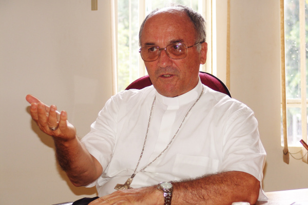 Bispo Dom Redovino Rizzardo é o entrevistado desta segunda-feira - Crédito: Foto: Hedio Fazan/PROGRESSO