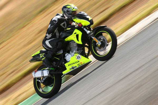 Ricieri Luvizotto, piloto da categoria 600 Hornet no Racing Festival - Crédito: Foto: VIPCOMM