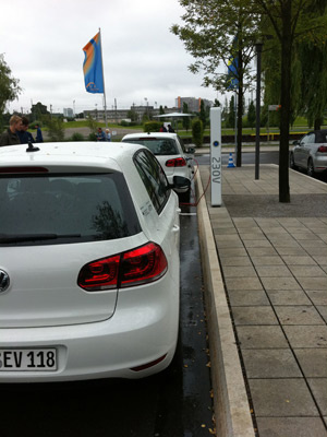 Volkswagen Golf Blue-E-Motion estreia em 2013  - Crédito: Foto: Priscila Dal Poggetto/G1