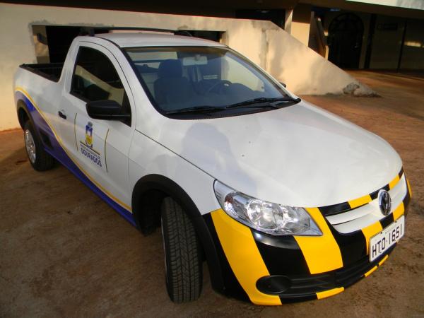 Carro entregue nesta terça vai ser usado exclusivamente dentro do aeroporto de Dourados Foto: Assecom    -