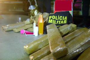 Droga estava dividida em 24 tabletes  - Crédito: Foto: Divulgação/PM