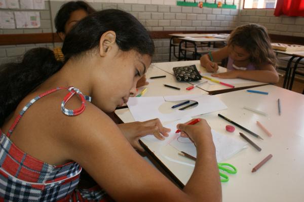 Férias na escola Iria Lúcia entretém alunos em Dourados - Crédito: Foto: Hedio Fazan/PROGRESSO