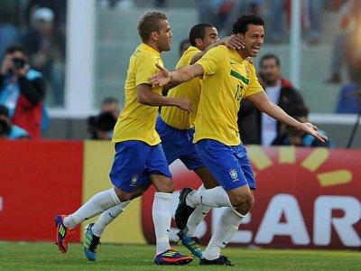 Seleção comemora reedição de jogo com o Paraguai -