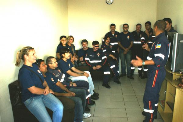 Servidores do Samu pedem gratificação da prefeitura de Dourados - Crédito: Foto: Hedio Fazan/PROGRESSO