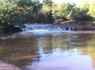 Local onde menina caiu e se afogou em córrego de Campo Grande - Crédito: Foto: Reprodução/Bombeiros