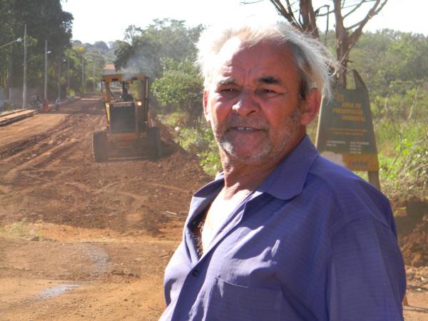 Francisco comemora recuperação do asfalto da antiga W-11 - Crédito: Foto : Assecom