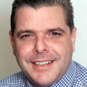 O jornalista britânico Sean Hoare, encontrado morto nesta segunda-feira - Crédito: Foto: PA