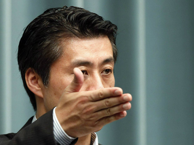 Goshi Hosono, ministro da Crise Nuclear, dá entrevista nesta terça-feira - Crédito: Foto: Reuters
