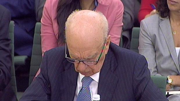 O magnata da mídia Rupert Murdoch durante seu depoimento desta terça-feira - Crédito: Foto: AP