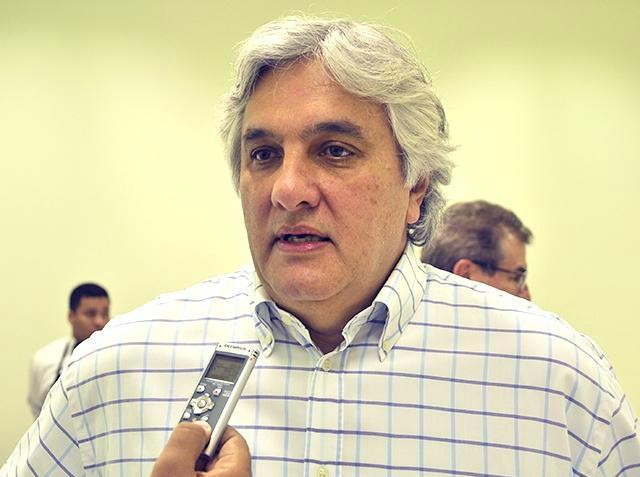 Senador Delcídio Amaral descarta a realização de prévias no PT no ano que vem - Crédito: Foto : Anderson Gallo/Diário Online