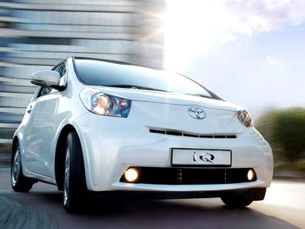 Toyota iQ que, nos EUA, será vendido pela submarca Scion - Crédito: Foto: Divulgação