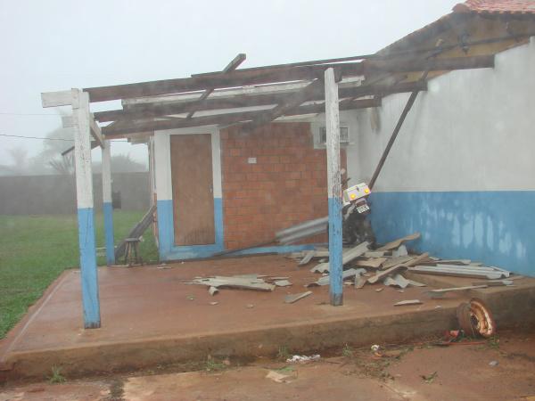 As fotos mostram alguns estragos provocados pela tempestade - Crédito: Foto : Skala Produções
