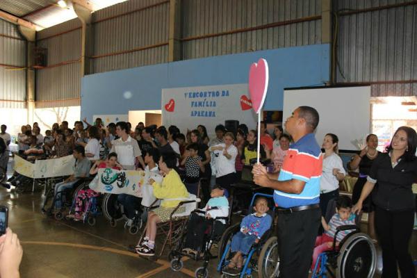Apaes e Pestalozzis tem atendimento completo de saúde, educação e assistência Social. -