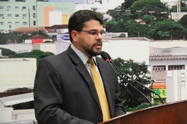 Vereador Mauricio Lemes criou emenda para resolver problema. - Crédito: Foto: Divulgação