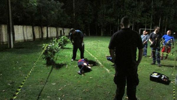 Vítima estava em um campo de futebol com amigos. - Crédito: Foto: Divulgação