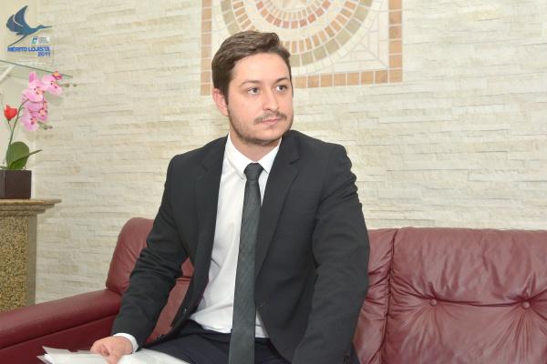 Advogado Jacris Henrique fala sobre a ação que anulou lançamento de IPTU sobre área urbana. - Crédito: Foto: Marcos Ribeiro