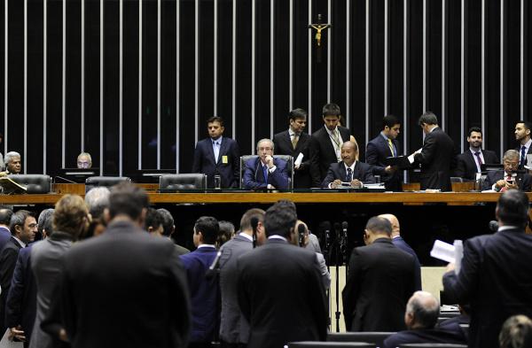 Contrariando pedido do governo, 191 deputados rejeitaram a retirada da proposta da pauta do Plenário. - Crédito: Foto: Luis Macedo/Câmara dos Deputados