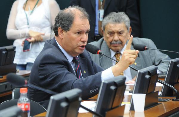 Alceu Moreira diz que há uma série de denúncias, envolvendo os dois órgãos. - Crédito: Foto: Luis Macedo/Câmara dos Deputados