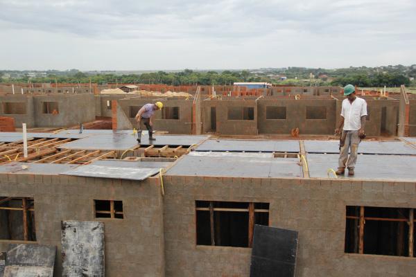 Residencial Ildefonso Pedroso terá 512 habitações e deverá ser entregue no final do ano que vem. - Crédito: Foto: Chico Leite
