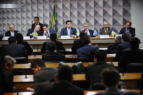 Comissão de Desenvolvimento Regional realiza audiência pública para debater a formação do Consórcio Brasil Central. - Crédito: Foto: Edilson Rodrigues/Agência Senado