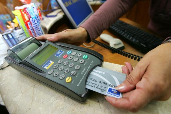 Taxas mais altas do mercado financeiro são as do cartão de crédito rotativo e do cheque especial. - Crédito: Foto: Divulgação