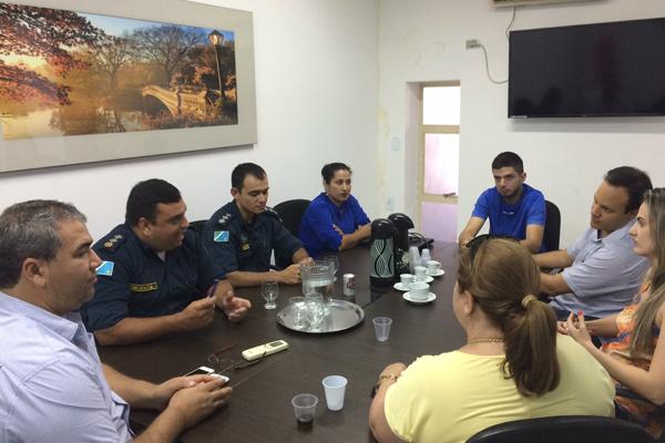 Comerciantes e comando da Polícia Militar discutiram melhoria na segurança pública, especialmente na área central de Ponta Porã. - Crédito: Foto: Divulgação