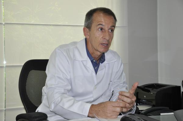 Ricardo De Lucia é médico urologista na cidade de Dourados. - Crédito: Foto: Hedio Fazan