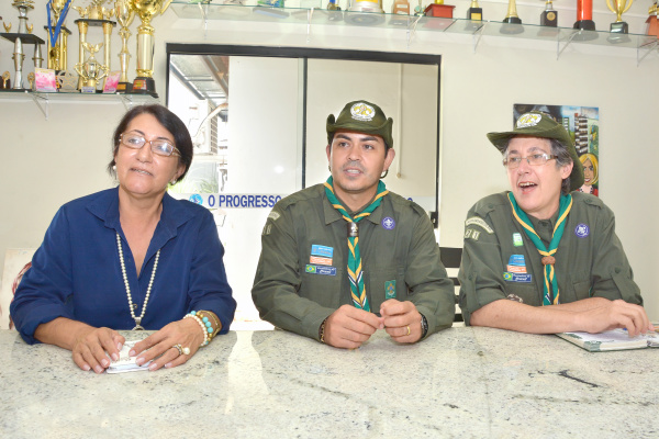 Membros do Grupo Laranja Doce, Marisete Wolf, Ederson Viegas e Mônica Rodrigues . - Crédito: Foto: Marcos Ribeiro