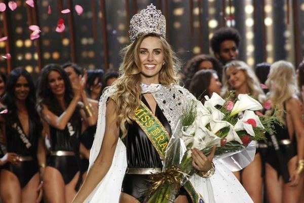 Gaúcha Marthina Brandt, de 23 anos, foi eleita Miss Brasil 2015. - Crédito: Foto: Celso Tavares/ Ego