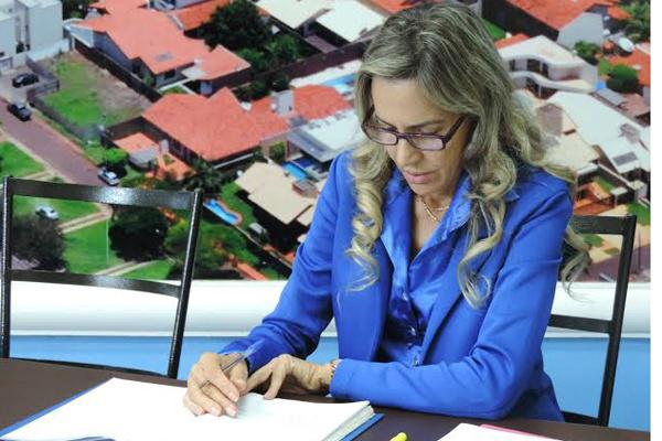 Virgínia busca melhorias para o Hemocentro de Dourados. - Crédito: Foto: Divulgação