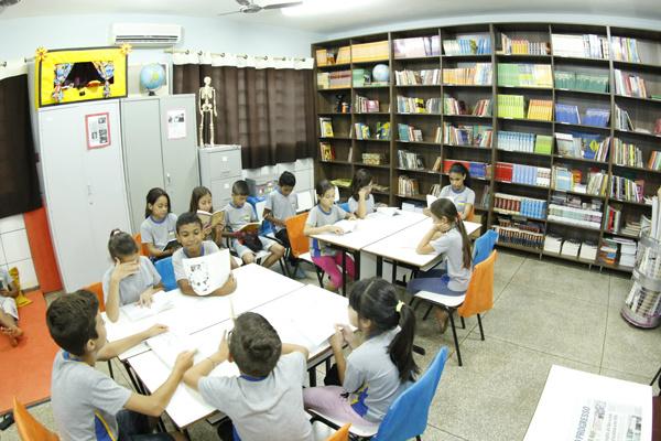Escola Laudemira Coutinho é uma das que estão com biblioteca. - Crédito: Foto: Chico Leite