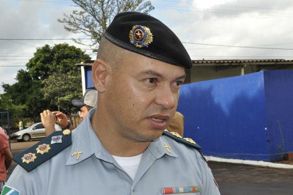 Tenente-coronel Carlos Silva falou sobre o planejamento das ações de segurança para o fim de ano. - Crédito: Foto: Hedio Fazan