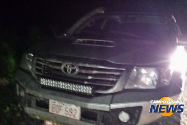 Camioneta do produtor rural foi encontrada junto ao corpo dele. - Crédito: Foto: Divulgação