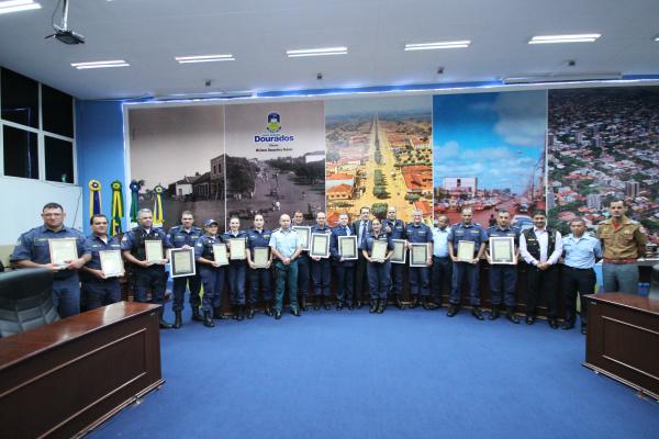 Guarda Municipal foi homenageada pela Câmara em reconhecimento ao trabalho da instituição. - Crédito: Foto: Thiago Morais