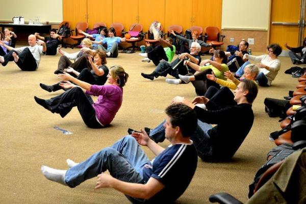 Workshop Lessac para Voz e Corpo visa desenvolver os princípios fundamentais deste treinamento, tendo como base a utilização das energias corporais e vocais. - Crédito: Foto: Divulgação