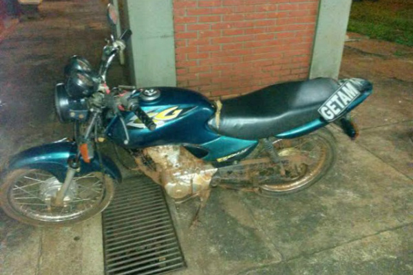 Ele disse que furtou a motocicleta para 'dar um rolezinho' - Crédito: Foto: GETAM