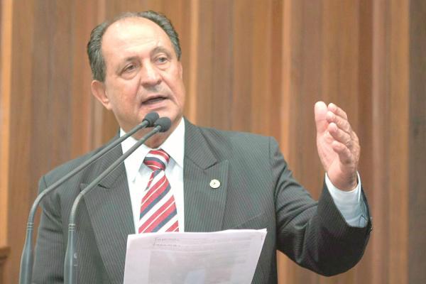 Deputado estadual Zé Teixeira  propôs homenagem a Facholi. - Crédito: Foto: Assessoria