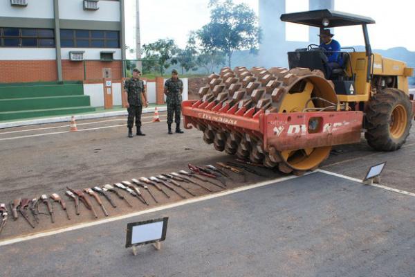 Exército Brasileiro realiza destruição de armas de fogos apreendidas pela Justiça. - Crédito: Foto: Divulgação