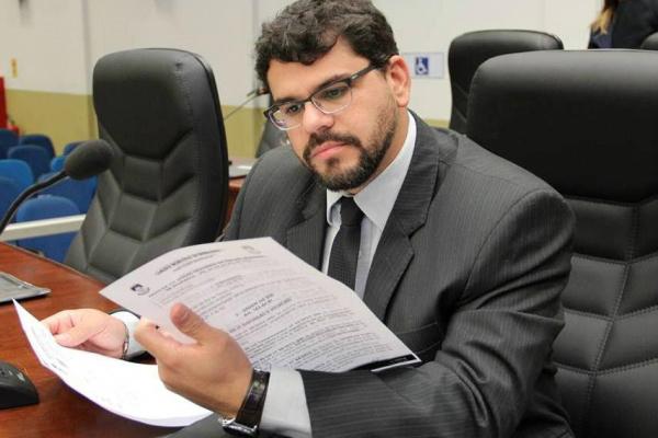 Vereador Mauricio Lemes. - Crédito: Foto: Thiago Morais