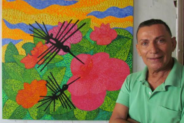 Artista plástico Jonir, com um de seus trabalhos, beija-flores, que abre mostra no Conselho de Arquitetura e Urbanismo de Mato Grosso do Sul - Crédito: Foto: Elvio Lopes
