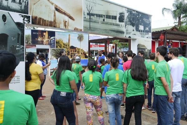 City Tour apresenta atrativos turísticos de Dourados. - Crédito: Foto: Assecom