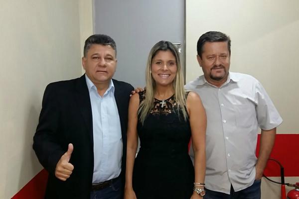 Máximo Brasil, Renata Allegretti e Nilson Peixoto durante encontro terça-feira na Capital. - Crédito: Foto: Divulgação