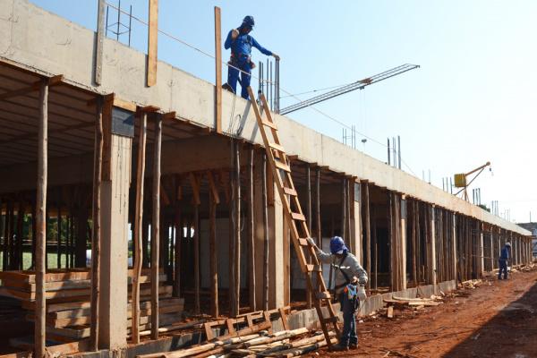 Setor da construção não projeta avanço para 2016 e prevê queda  na produção em todo Estado. - Crédito: Foto: Divulgação