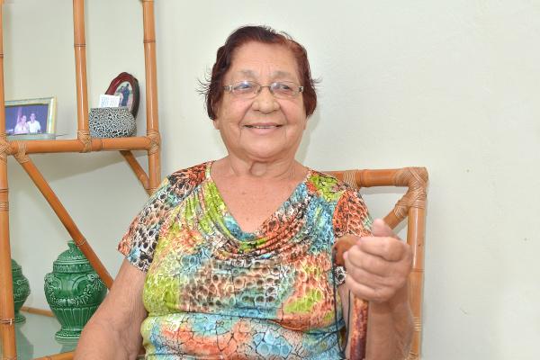 A pioneira Eva Machado diz que nunca imaginaria que Dourados se tornaria uma cidade tão desenvolvida como é hoje. - Crédito: Foto: Marcos Ribeiro