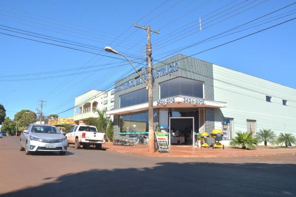 Região se fortalece com implementação de estabelecimentos comerciais de varejo e serviços. - Crédito: Foto: Marcos Ribeiro