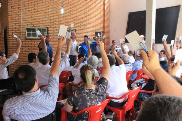 Componentes do diretório aprovam resoluções do partido que vai às eleições de 2016 com candidaturas próprias. - Crédito: Foto: Walter Ramos