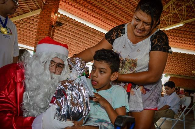 Projeto iniciado em abril, atende 40 crianças e jovens com deficiência ou necessidades especiais. - Crédito: Foto: Divulgação