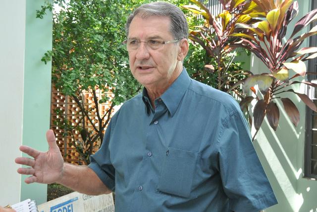 Secretário de Saúde  diz que combate ao mosquito tem que começar dentro de cada residência. -
