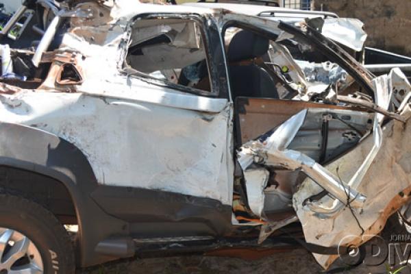 Motorista teria forçado uma ultrapassagem antes da colisão. - Crédito: Foto: O Divisor