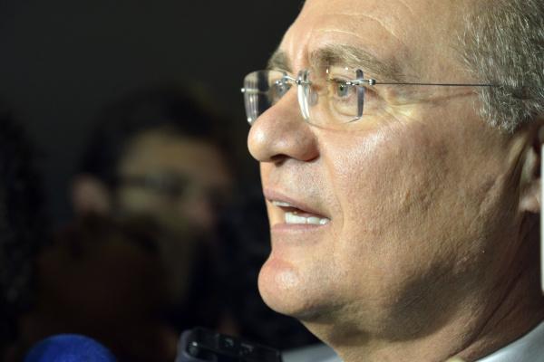 Renan Calheiros considera positivo o balanço do Congresso Nacional no exercício de 2015. - Crédito: Foto:  Valter Campanato/Agência Brasil